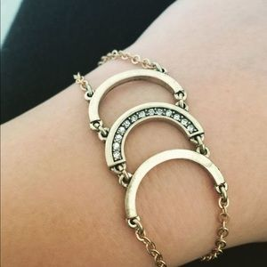 Chloe + Isabel Lunette Triple Crescent Bracelet